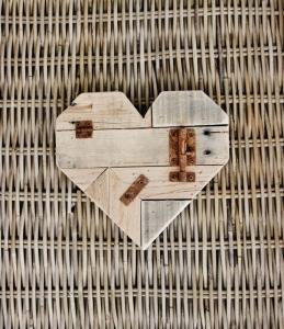 pallet-wood-hearta